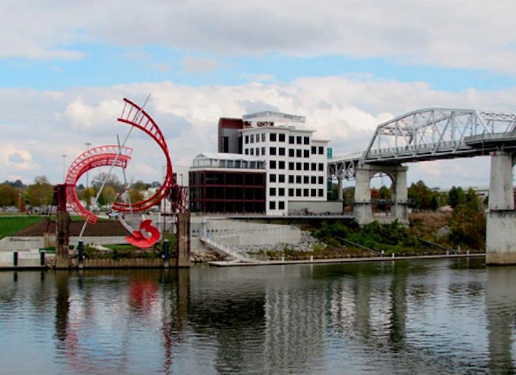 Nashville's Bridge Building
